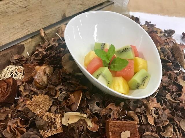 Tarrina de fruta fresca de temporada (200gr aprox.)