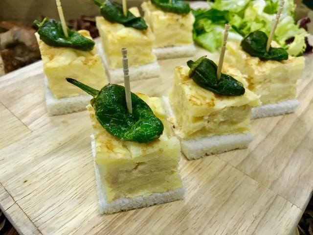 Taquitos de tortilla con pimiento verdes de Gernika (bandejas de 36 Unidades)